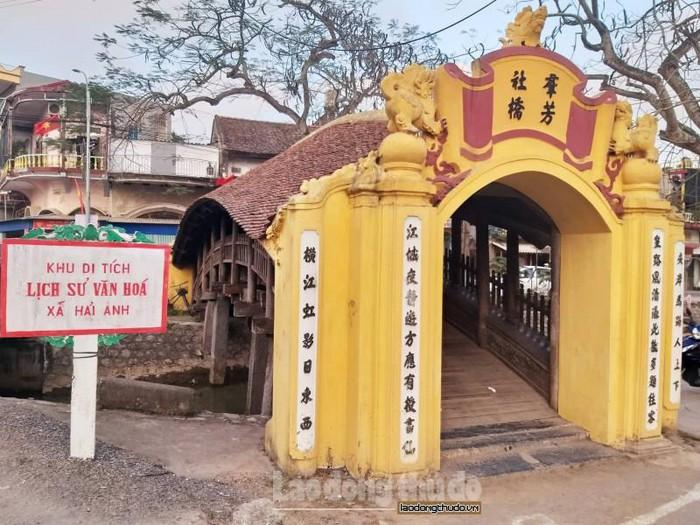 Cầu Ngói Chợ Lương